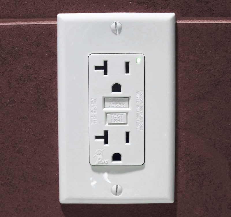 GFCI OUTLETS electrical precautions